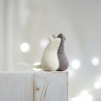 Needle Felt Mouse - Christmas Decoration - Set Of Two Baby Mices - Needle Felt Miniature - Needle Felt Dolls - Home Decor