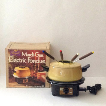 Vintage Regal Electric Fondue Mardi Gras Set with Fondue Forks