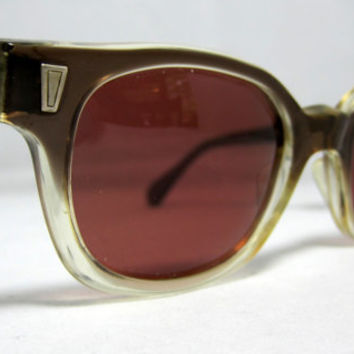 Vintage Sunglasses Mens Brown Fade Horn by CollectableSpectacle