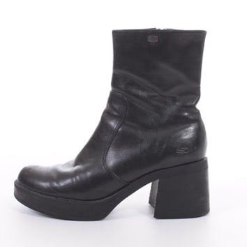 90s Black Vegan Leather Skechers Ankle Boots Chunky Platform Minimalist Goth Vintage Shoes Womens Size US 8 UK 6 EUR 38-39