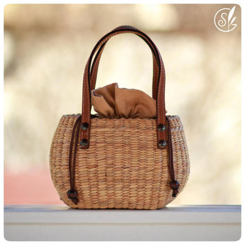 Hand woven mini straw tote, picnic basket, picnic tote, straw handbag (Mini tan)