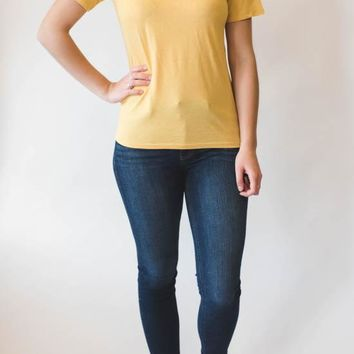 Basic Short Sleeve - Mustard