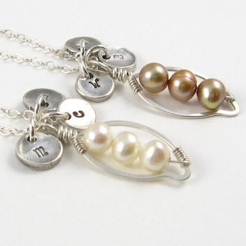 Pea Pod Necklace Silver Initial Necklace Mother's Necklace Under 75 Mother of the Bride Freshwater Pearl Necklace Personalized Jewelry