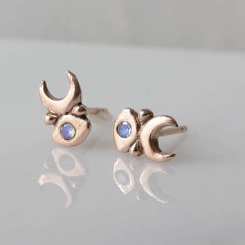 Inanna Studs in 14k Rose Gold with Rainbow Moonstone / rose gold earrings / gold moonstone studs / rose gold wedding / indie bridal earrings