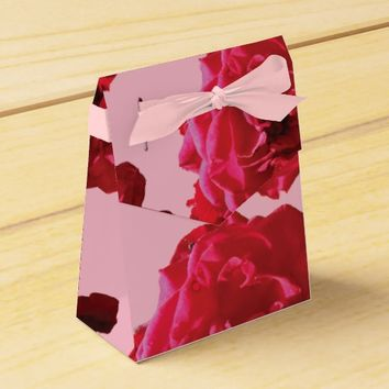 Red Rose Romantic Wedding Favor Box