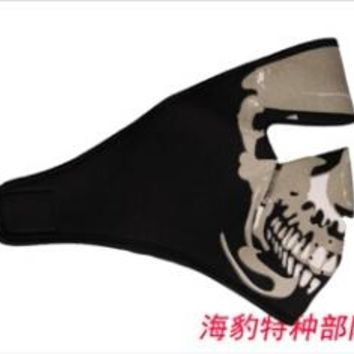 Easy to use outdoor sports masks, ski masks, cs skeleton mask, riding, tactical face protection, windproof, breathable