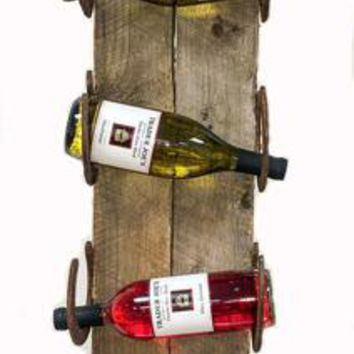 Horseshoe Barnwood Wall Wine Rack - 5 Bottle No. 038