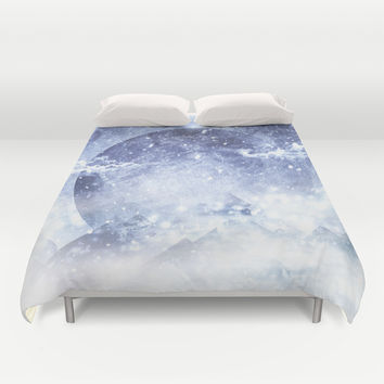 Even mountains get cold Duvet Cover by HappyMelvin