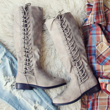 Lace Frost Boots