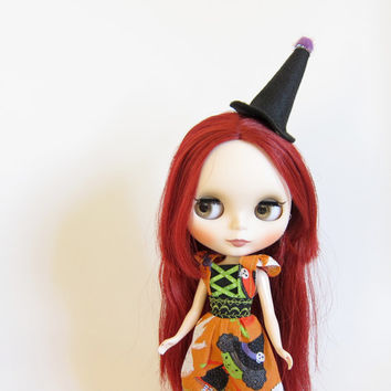 Blythe Witch Hat Miniature Black Felt Halloween Hair Clip Accessory - also fits Pullip & American Girl Dolls