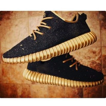 Fashion Adidas Yeezy Boost Solid color Leisure Sports shoes Black golden soles