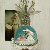 Vintage Wedding cake bride Groom snow globe cake topper 50s snow globe Good luck wedding rhinestones bridal cake topper