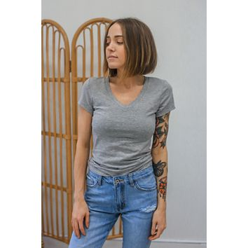 The Basic Tee - Heather Grey