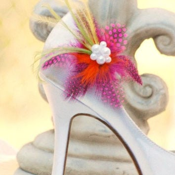 Shoe Clips Fuschia Guinea Feathers. Autumn Wedding Flowers White / Ivory Pearls. Big Day Bride Bridal Bridesmaid Pins, Edgy Cheerful Bright