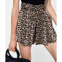 ANIMAL PRINT BERMUDA SHORTS DETAILS