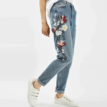 Vintage Floral Embroidery Ripped Washed Bleached Demin Skinny Jeans Pencil Pants Zip Cozy Casual Women Slim Trousers K17-02-05