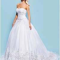 Ball Gown Sweetheart Court Train Organza Wedding Dress