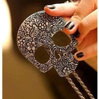 Fashion vintage big skull Pendant With Chain