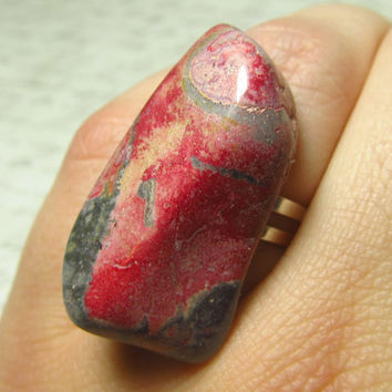Big Pink Rhodonite Stone Ring Slab of Rhodonite on by EbonFlow