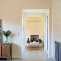 Paints & Palettes: Benjamin Moore Whites : Remodelista