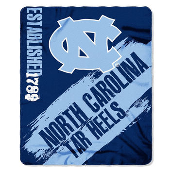 North Carolina Tar Heels NCAA Light Weight Fleace Blanket (Paint Series) (50inx60in)
