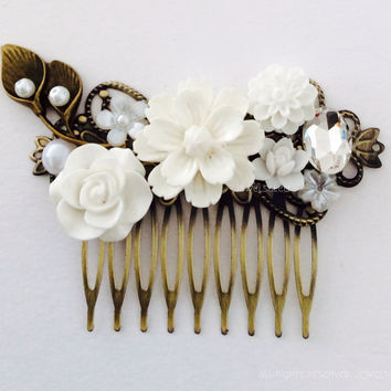 White Bridal Hair Comb Wedding Floral Headpiece Flower Calla Lilies Leaves Rhinestone Pearl Elegant Chic Vintage Style Victorian Woodland JW