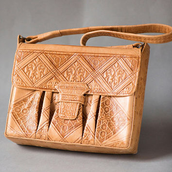 Hand tooled leather shoulder bag for women. Boho Bag sandy shade. Vintage Handcrafted Leather Bag rectangular. Floral pattern festival bag
