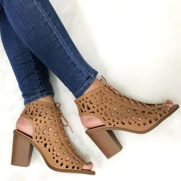 Spiced Chai Heels in Taupe