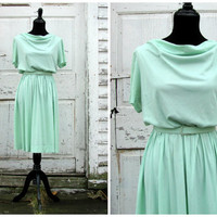 A Perfect Christmas Gift/ Darling Vintage Mint Chocolate Chip 50s Full Skirt Party Mad Men Work Day Swing Dress