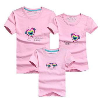 ONETOW Summer Style 14 Colors Family  Heart I  Love Family  T Shirts Family Matching Clothes Father & Mother & Kids Cartoon Outfits
