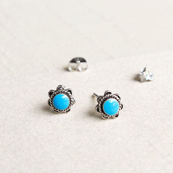 Turquoise Stud Earrings, Turquoise Earrings, Turquoise Post earrings, Round Turquoise Stud, Turquoise Jewelry, Cartilage, Helix, Minimalist