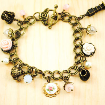 High Tea - England Charm Bracelet - 5 Charms - United Kingdom, Great Britain, Travel Bracelet