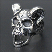 Size 8-13 Evil Damn Skull Vampire Goat Ring 316L Stainless Steel Man Boy Band Party Bull Skull Ring