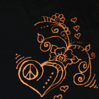Bleach pEN Heart T-shirt, HearT and flower DesigN,blACk and orange, HipSter clothing, peace sign