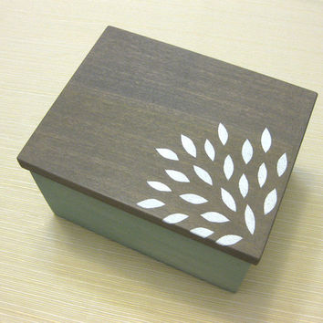 Custom modern keepsake jewelry box for by modernvintageart on Etsy