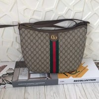 GUCCI WOMEN'S GG SUPREME CANVAS INCLINED SHOULDER BAG