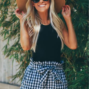 Gingham Ruffle Shorts Black