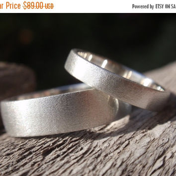 SALE 10% OFF wedding band set of 2 brushed / satin finish engagement rings or wedding rings in sterling silver 5mm & 3mm - made to order