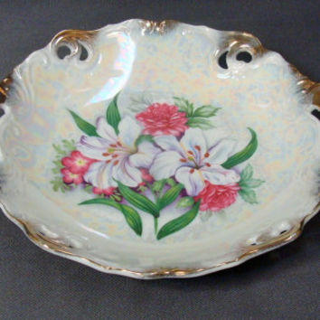 1950's Trimont Ware Japan Iridescent Reticulated Porcelain  Bowl Lillies Flowers