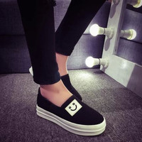 Smile Face Fashion Casual Flat Shoes
