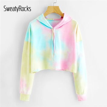 SweatyRocks Tie Dye Drop Shoulder Crop Hoodie Multicolor Long Sleeve Drawstring Sweatshirt Women Autumn Athleisure Pullovers