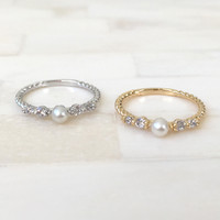 Pearl Beauty Knuckle Ring