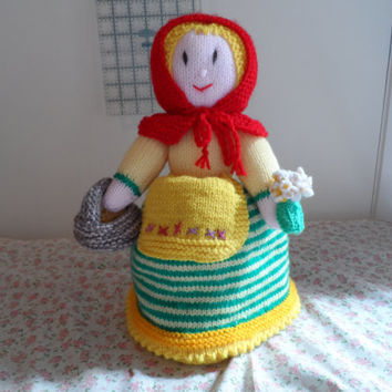 Handmade Knitted Dolls - Knitted Nursery Rhyme Dolls - Handmade Dolls - Knitted Red Riding Hood - Childrens Knitted Toys - Knitted Split Dol