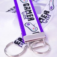 Gamer girl keychain lanyard set