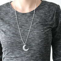 Minimalist Silver Moon Necklace/ Crescent Moon by GingerPickle1