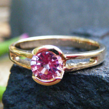 Pink spinel engagement ring, pink spinel ring, alternative engagement ring, pink engagement ring, spinel pink gold ring, conflict free gem