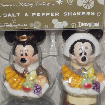 Mickey and Minnie Mouse Thanksgiving Salt & Pepper Shakers Disney's Holiday Coll