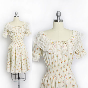 Vintage 70s Dress - Off The Shoulder Floral Cotton Ruffle Smocked Lace 1970s - Small