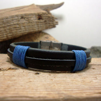 FREE SHIPPING -  Men's Leather Bracelet.  Men Leather Bracelet.  Men Bracelet,  Men's Bracelet. Black Leather and stainless steel clasp