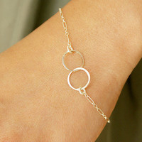 $18.50 Silver Infinity Bracelet Two Interlocking Hammered by soradesigns
